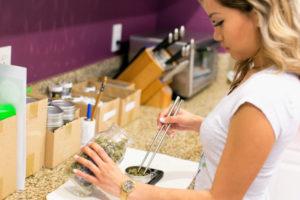 Buying Marijuana From Online Dispensaries in Orange County