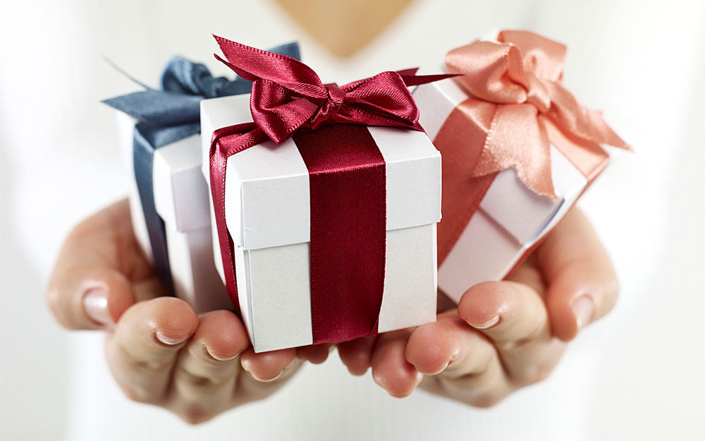 Top Corporate Gift Ideas for Your Business