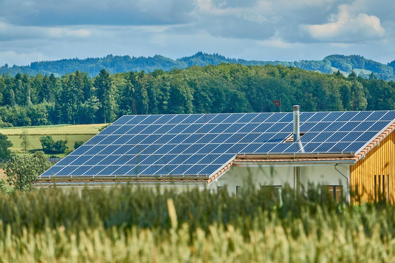 Solar Water Guide: Simple Ways To Pick the Right Solar Water Heater for Your Home