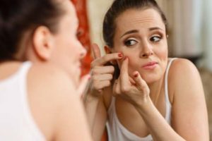 Acne Breakouts: Diagnosis to Treatment