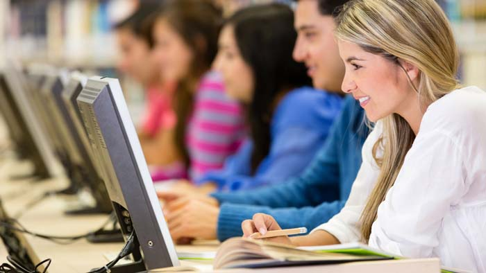 4 Ways to Determine Which Online English Course is Right for You