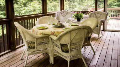 How to Choose the Right Material for Your Outdoor Decking